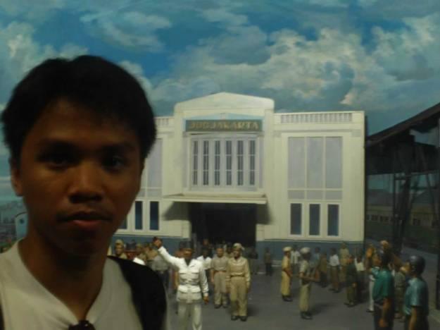 Neo di depan diorama
