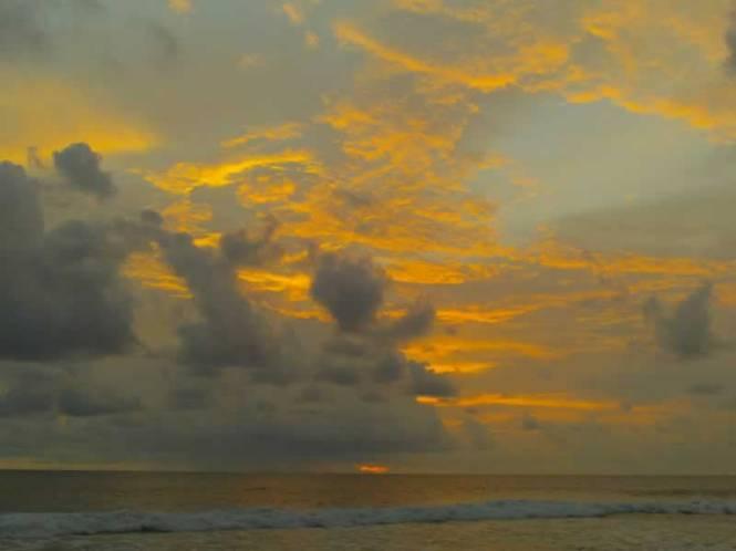 Langit senja di Pangumbahan