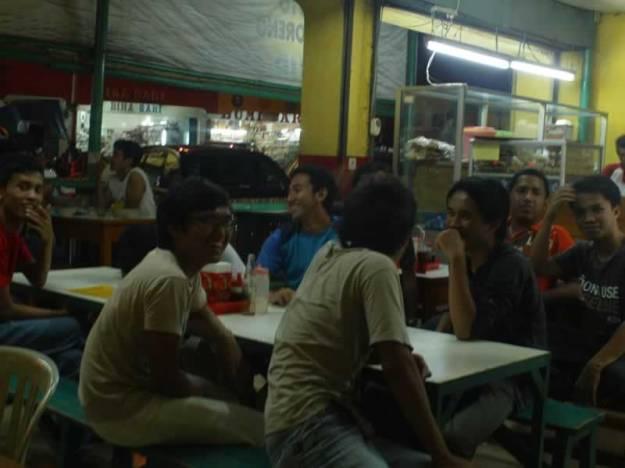 Makan malam di Cianjur