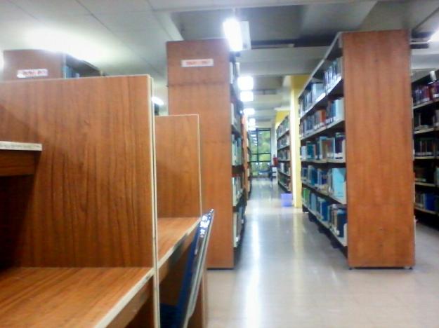 Salah satu sudut perpustakaan