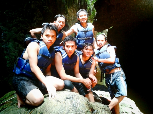 """Pos 1"" body rafting (photo by Kuncoro)"