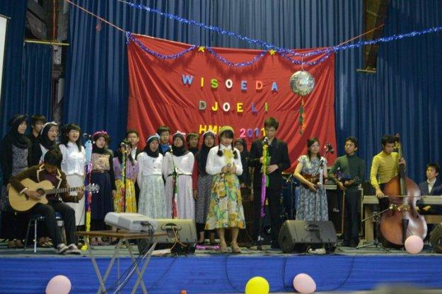 Persembahan lagu angkatan 2010