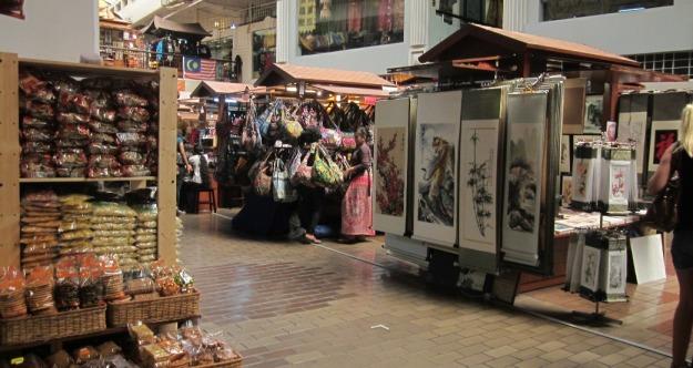Suasana di dalam Pasar Seni