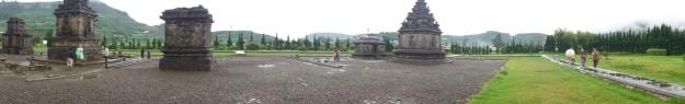 Kompleks Candi Arjuna (mode panorama)