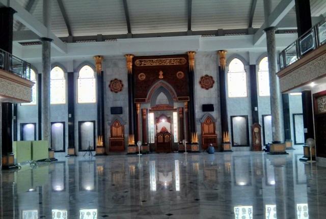 Masjid Agung Baitul Mukminin