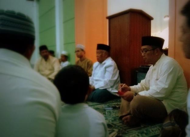 Sesi bincang-bincang warga dengan Ridwan Kamil