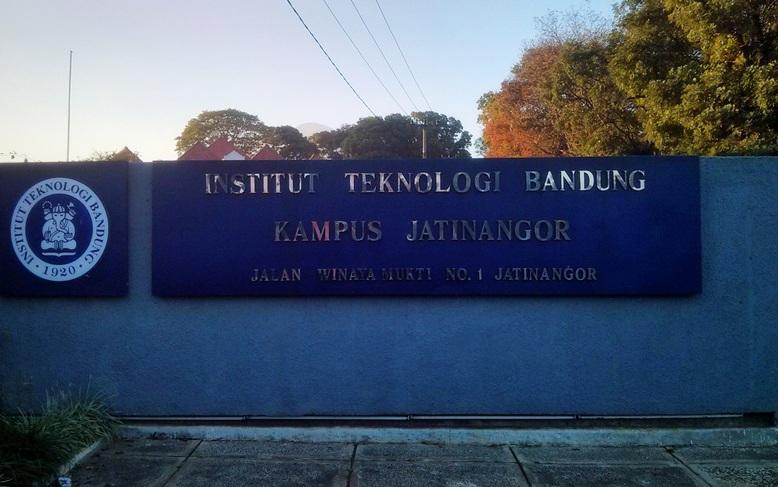 Pintu masuk ITB Jatinangor dari Winaya Mukti