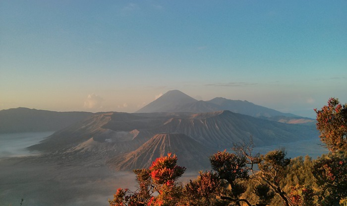 View Bromo-Batok-Semeru