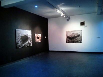Karya foto di salah satu ruang galeri