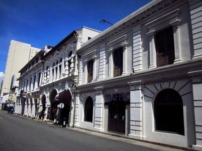 Bangunan bergaya kolonial