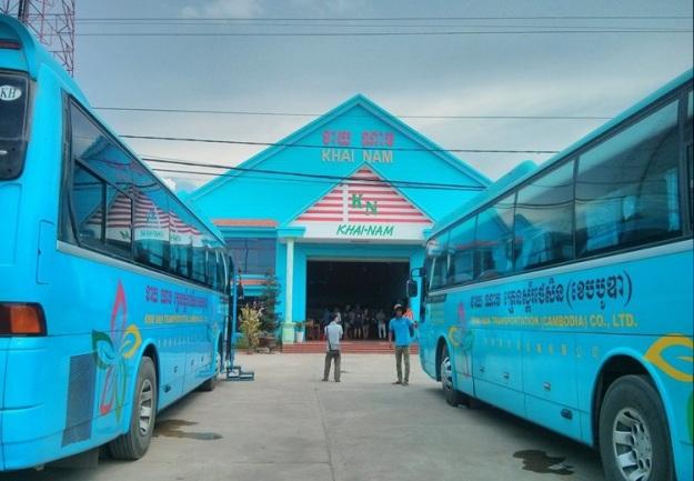 Transit di rumah makan Khai Nam