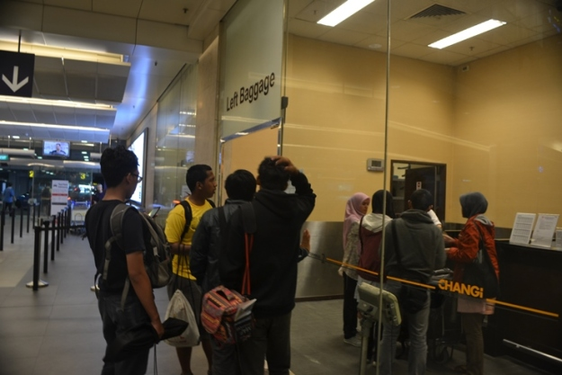 Tempat penitipan tas di Changi Airport