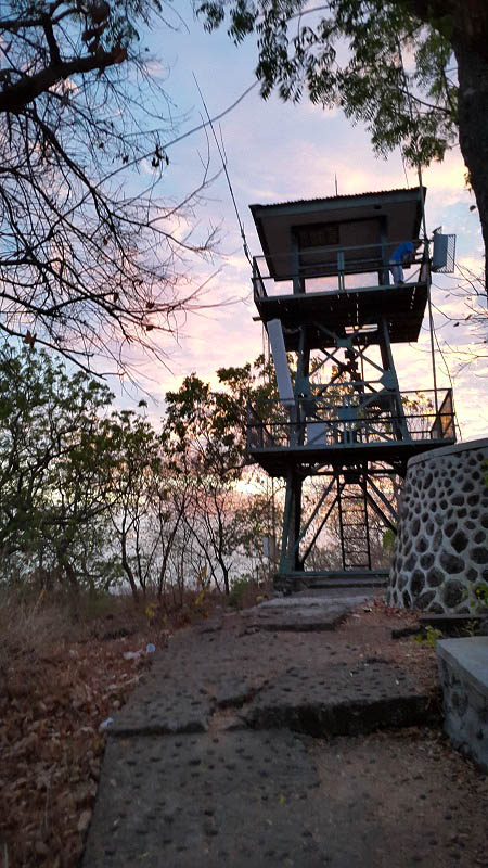 Menara pandang (foto oleh Putri)