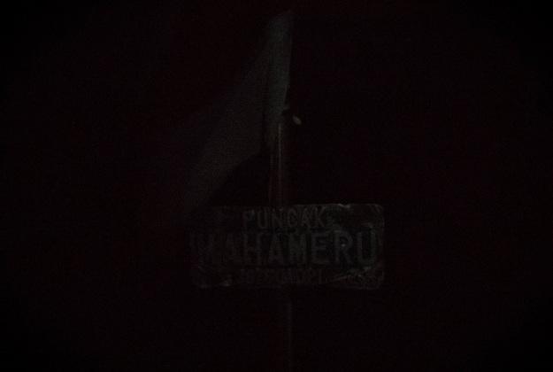 Puncak Mahameru, 04.15 WIB