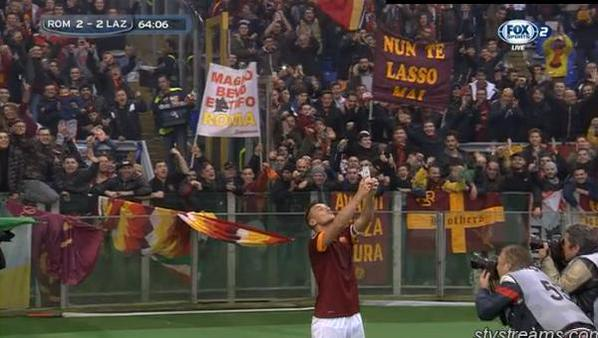 Totti celebration vs Lazio