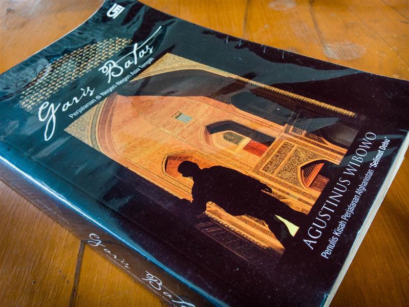 [Book] Garis Batas: Perjalanan di Negeri-Negeri Asia Tengah (1/2)