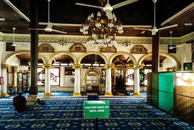 Interior Masjid Kampung Kling