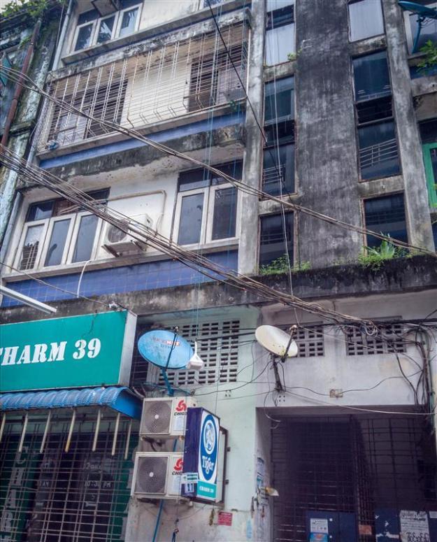 Salah satu flat di Yangon