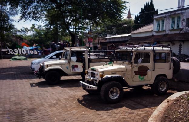 jeep di basecamp