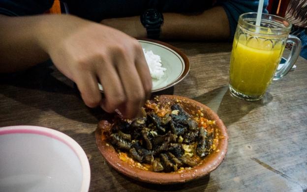 Kuliner Spesial Belut Surabaya