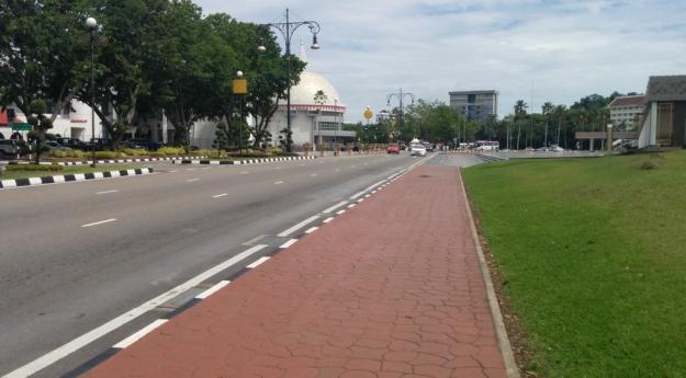 Lengangnya jalanan di Pusat Bandar, Bandar Seri Begawan
