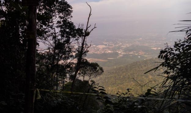 View dari Puncak Gunung Angsi