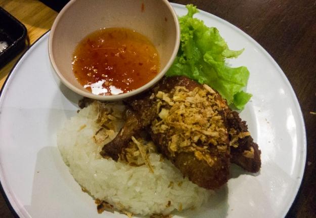 Ayam Goreng & Nasi Pulut