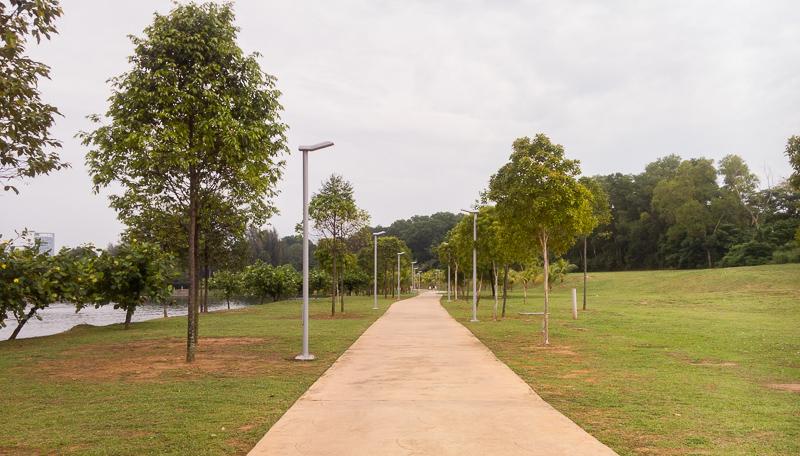 Jogging track di tepi Tasik Putrajaya