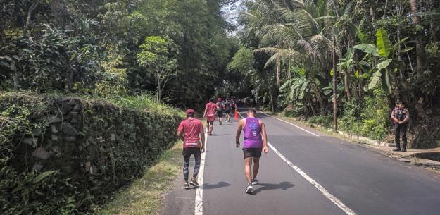 Salah satu tanjakan di Borobudur Marathon 2018