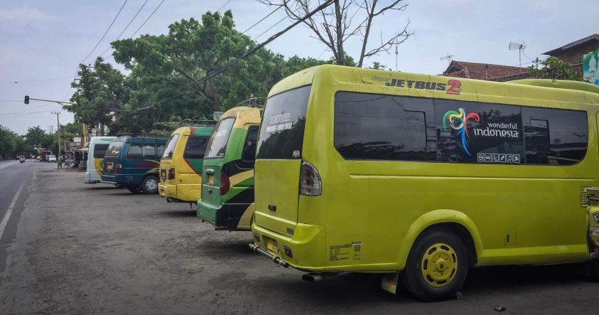 Minibus Probolinggo to Cemoro Lawang | Climbing Mount Bromo | Ummi Goes Where?