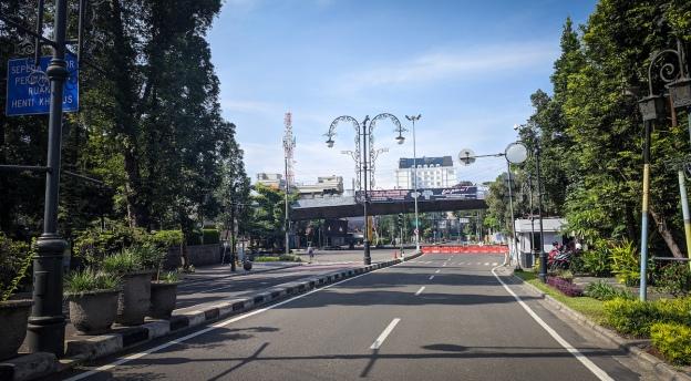 Jl. Dago ditutup